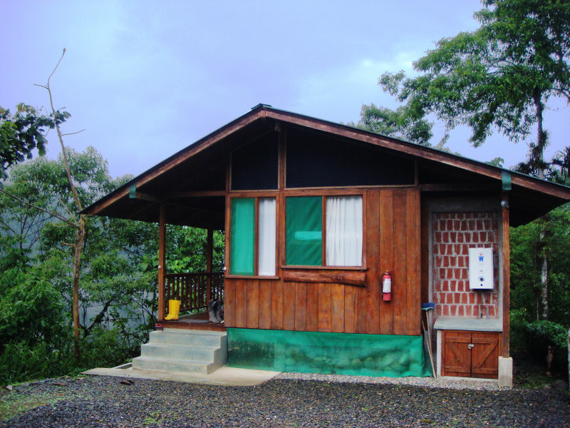 "One of the cabins at Umbrellabird Lodge, right at the edge of the Buenaventura Reserve  <br><div id=""caption_tourlink"" align=""right""> [photo © participant Diana Bradshaw]</div>"