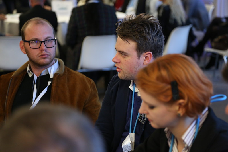 Expert-led & Rapporteur Style Discussion Roundtables