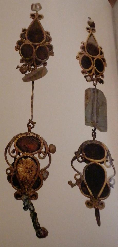 Golden earrings page 196