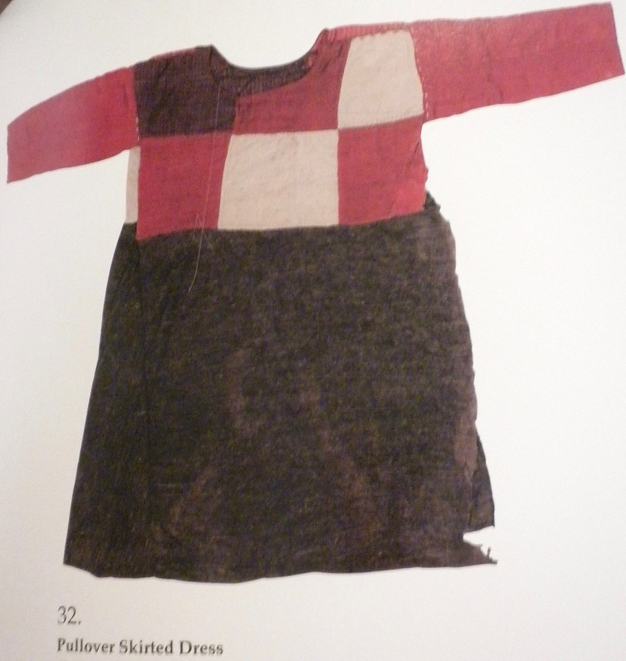 Pullover skirted dress page 139