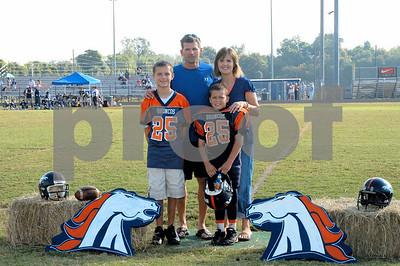 Juniors: Broncos homecoming
