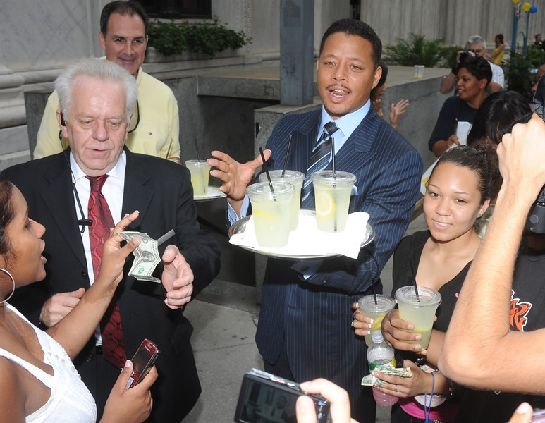 Actor Terrence Howard  outside the Ritz-Carlton helping sell Alex's Lemonade to benefit the child cancer charity
