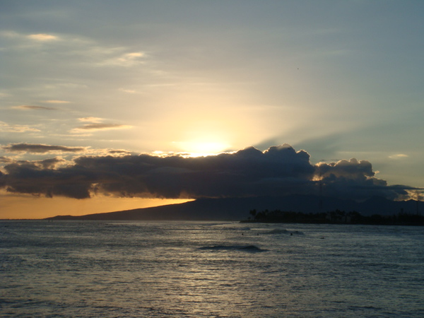 sunset from Ala Moana Park