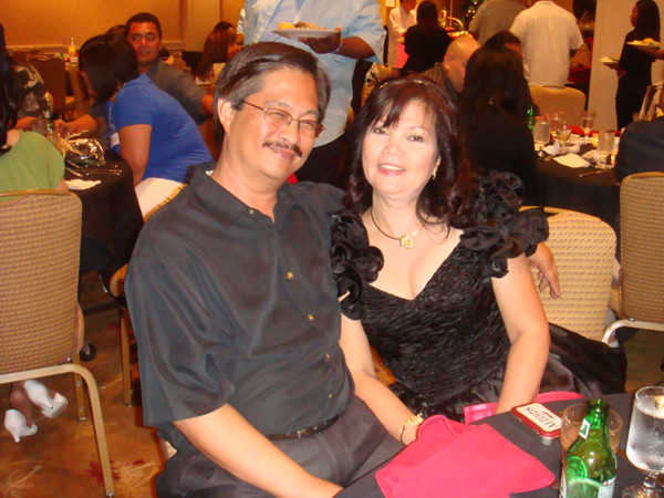 Sis Nenette and hubby Nestor, married 35 yrs+  What a lovely couple
