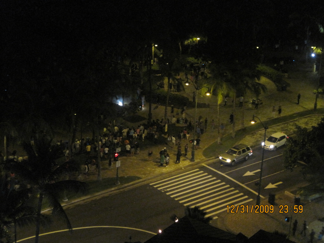 almost New Year.. people rushing to beach to watch fireworks.