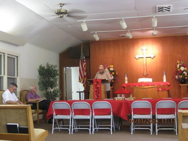 Al read scripture to us before the Sermon