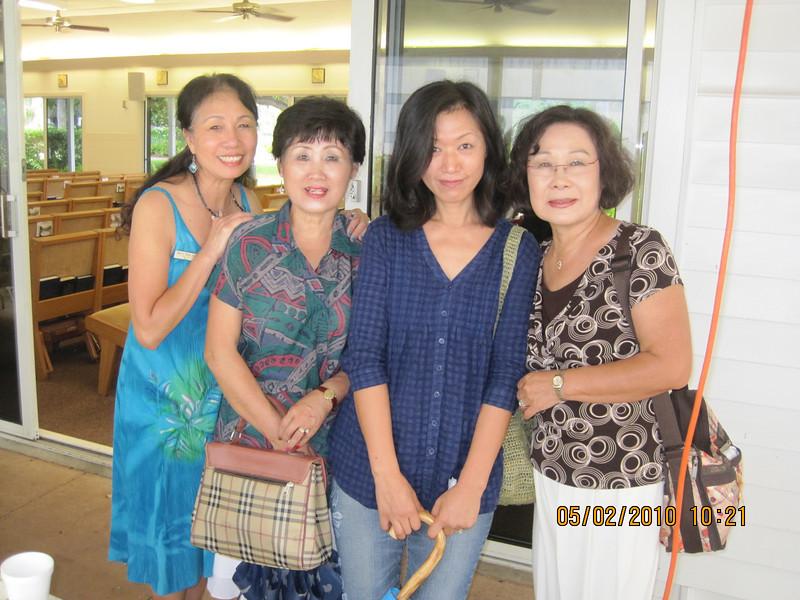 Chapel family: with Jann - Yoonhi - Suni