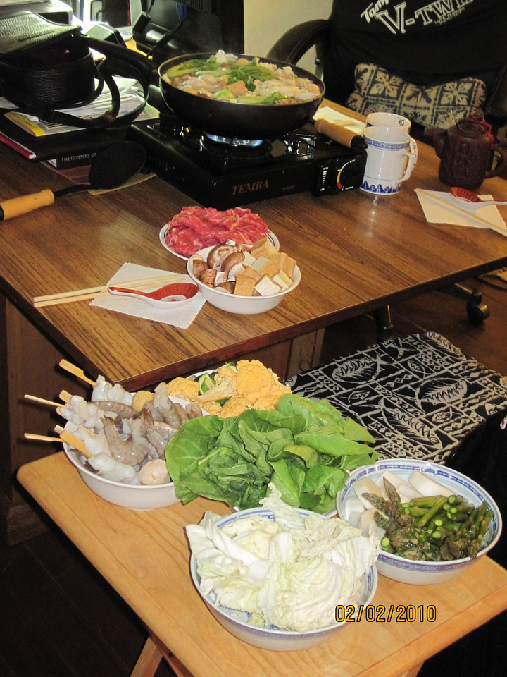 hot pot time.. A good dinner after line dance lesson!