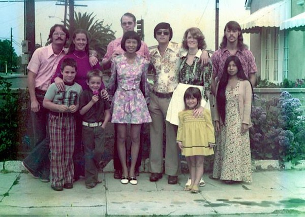 1975 with Bunch family