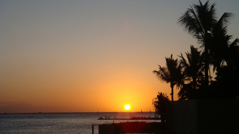 9/04/09 Friday... nice sunset..viewed by Sharaton Waikiki..