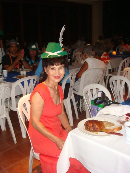 still 10/3/09 Saturday.. OktoberFest.. at Hale Koa.. here is mommy Kim.