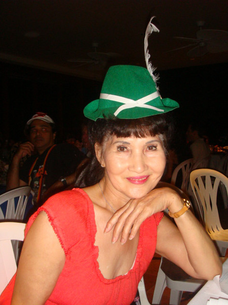 mommy Kim got a hat herself...