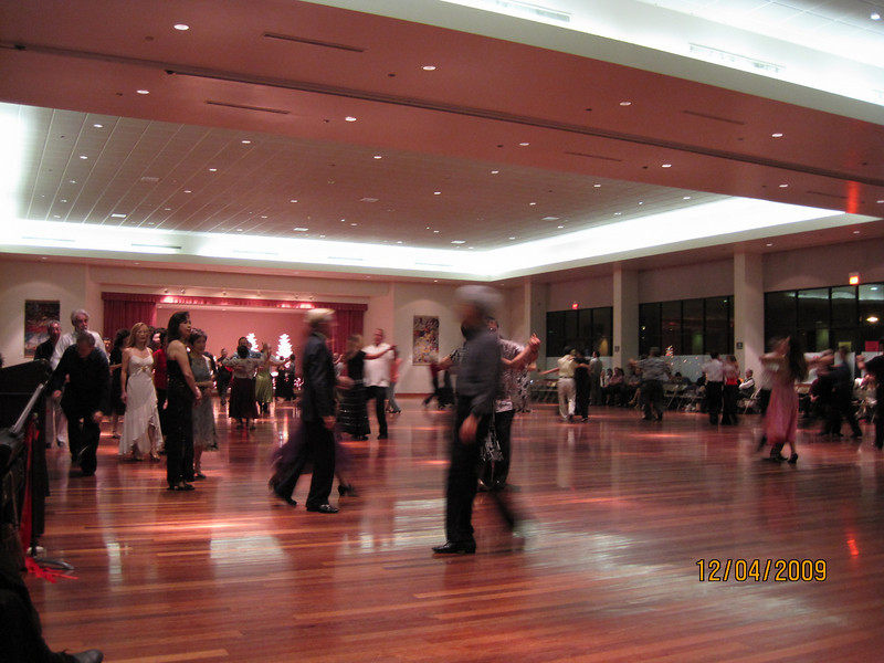 mixer time.. played Waltz music.. then dancers meeting in the middle and dance a round..