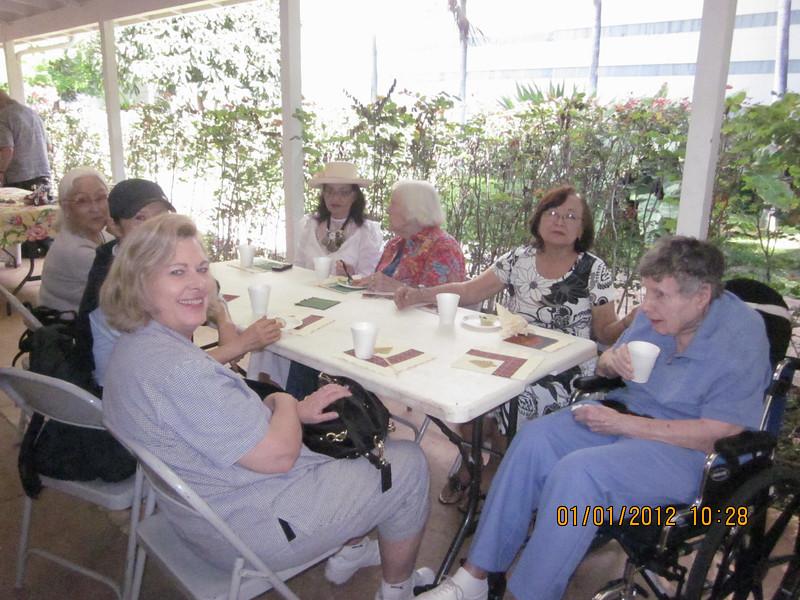 chapel family corner... Leslie near me.. Chong - Shirley - Sue in white - Dottie - Mary - Mirian