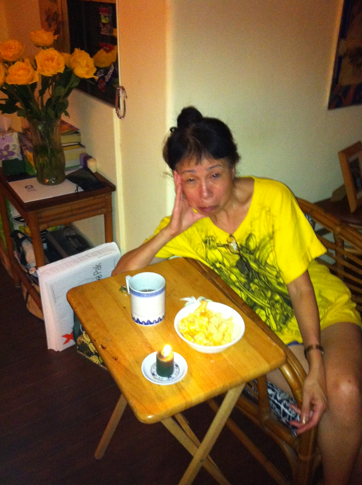 5/01/12 at home sick with cough.. TLC from BenBen...