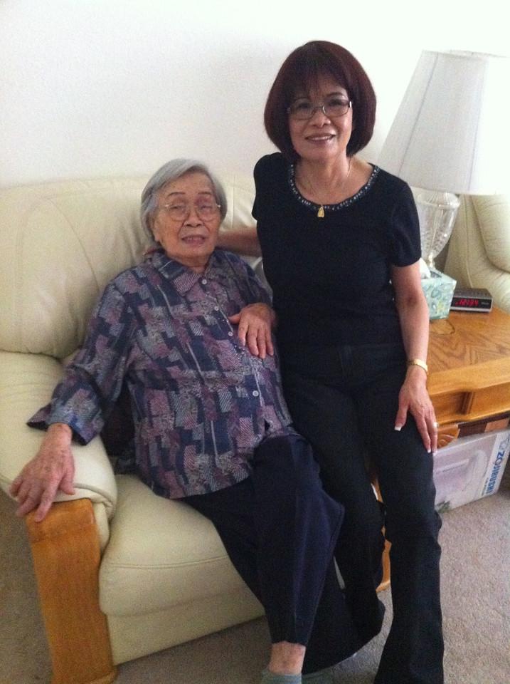 Lu Jiao and her mama