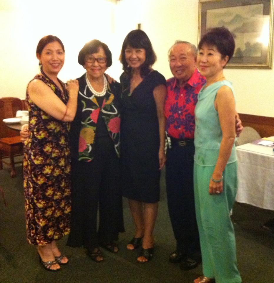 LiMay-auntie Blossom - Linda- Dr. Tse - Helen