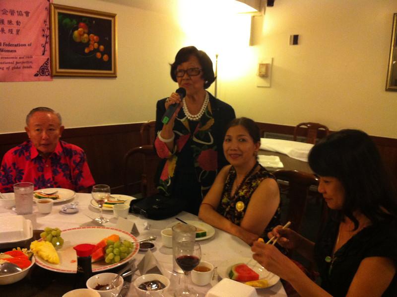Dr. Tse - Blossom Tyau giving speech - LiMay -Linda