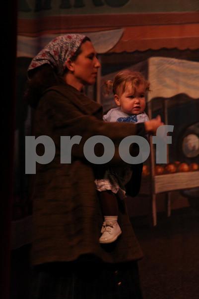 AnnieJr 11-14-2009 2-10-13 PM