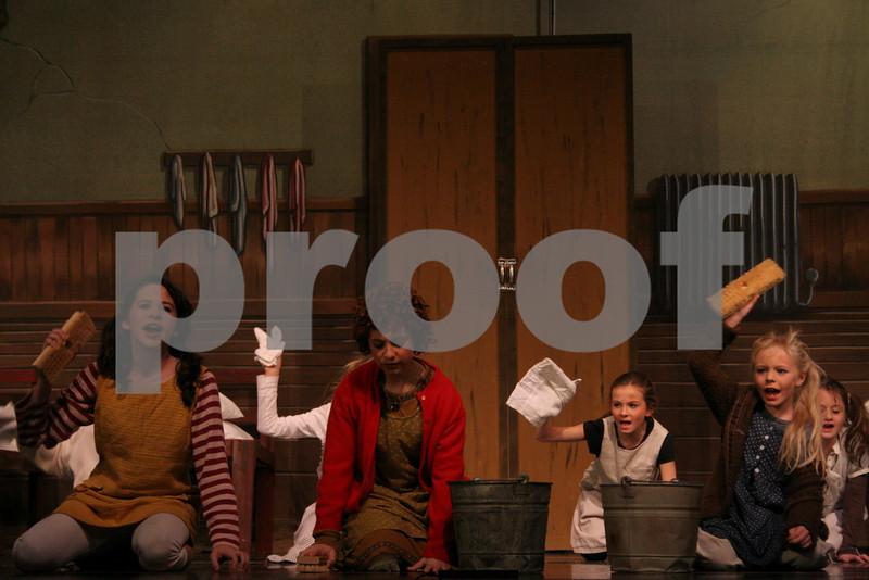 AnnieJr 11-15-2009 2-23-11 PM