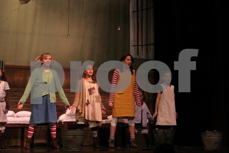 AnnieJr 11-15-2009 2-24-23 PM