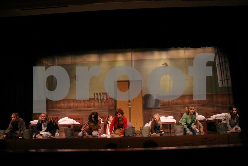 AnnieJr 11-15-2009 2-23-03 PM