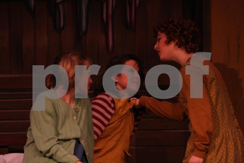 AnnieJr 11-15-2009 2-18-15 PM