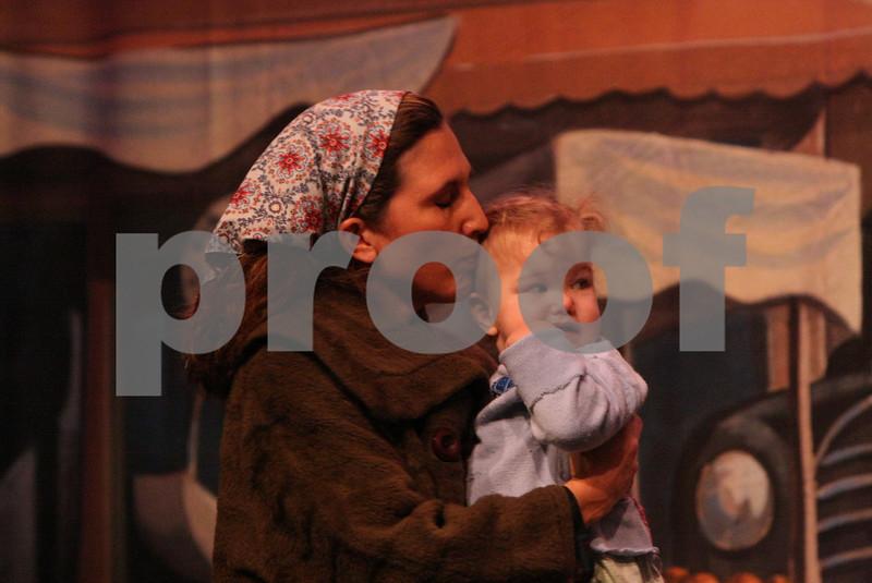 AnnieJr 11-15-2009 2-13-14 PM