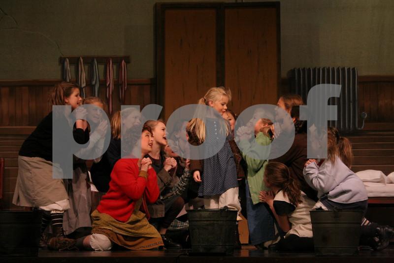 AnnieJr 11-15-2009 2-24-44 PM