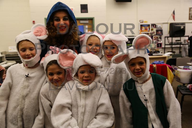Cinderella Kids Back Stage Photos