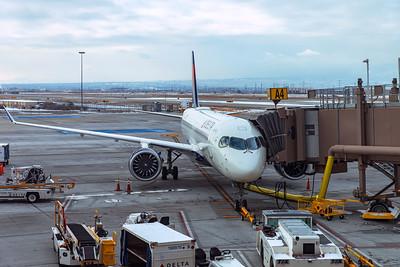 Delta Air Lines Airbus A220-300 N303DU 12-15-20