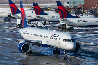 Delta Air Lines Boeing 757-231 N717TW 12-12-20
