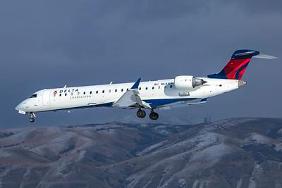 SkyWest Airlines Bombardier CL-600-2C10 CRJ-701ER N641CA 12-12-20