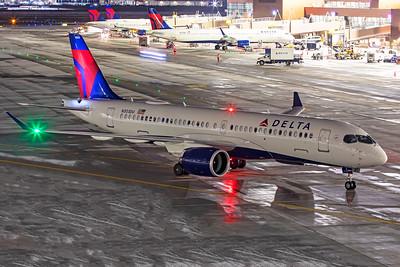 Delta Air Lines Airbus A220-300 N303DU 12-14-20