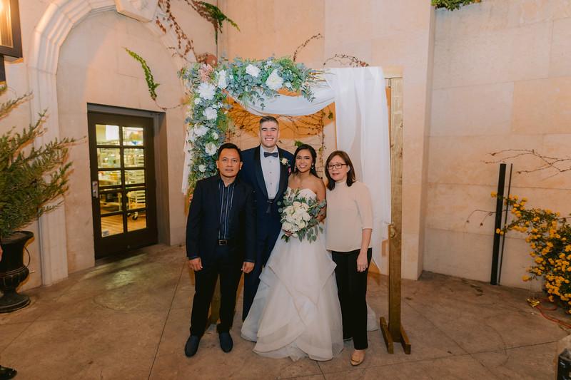 Gladys+Colin ~ Wedding Photo Booth_009