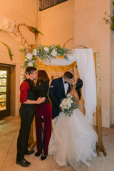 Gladys+Colin ~ Wedding Photo Booth_017