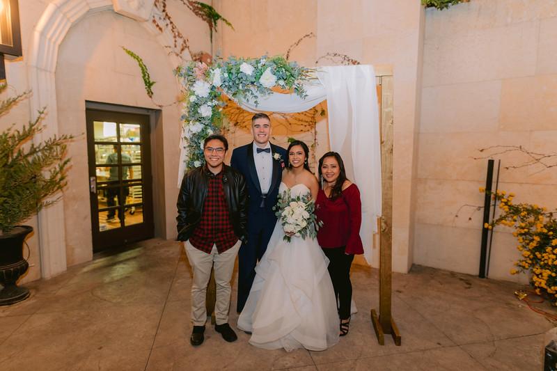 Gladys+Colin ~ Wedding Photo Booth_007
