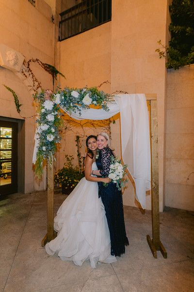 Gladys+Colin ~ Wedding Photo Booth_037