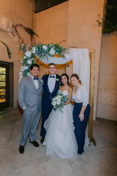 Gladys+Colin ~ Wedding Photo Booth_033