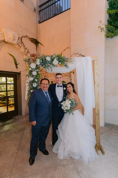 Gladys+Colin ~ Wedding Photo Booth_003