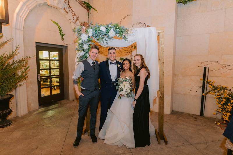 Gladys+Colin ~ Wedding Photo Booth_011