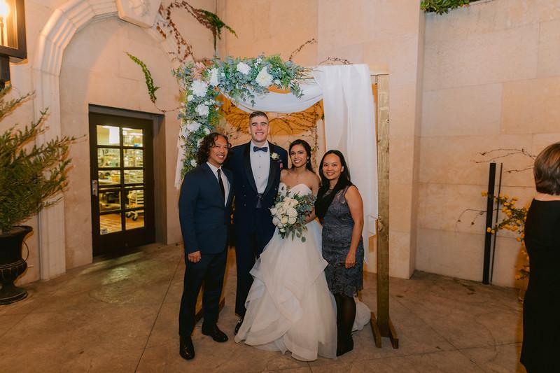 Gladys+Colin ~ Wedding Photo Booth_015