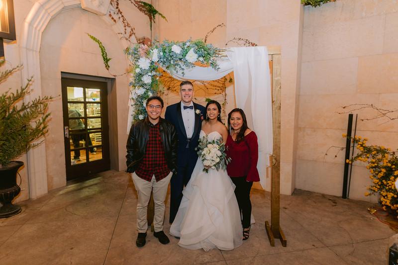 Gladys+Colin ~ Wedding Photo Booth_008