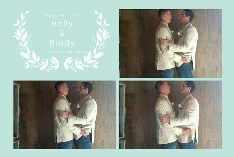 Holly+Brody ~ Wedding Photo Booth_001