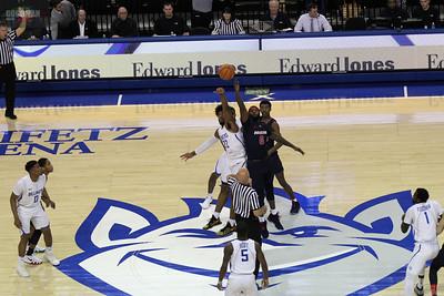 SLU Mens Basketball Game 1-17-2018