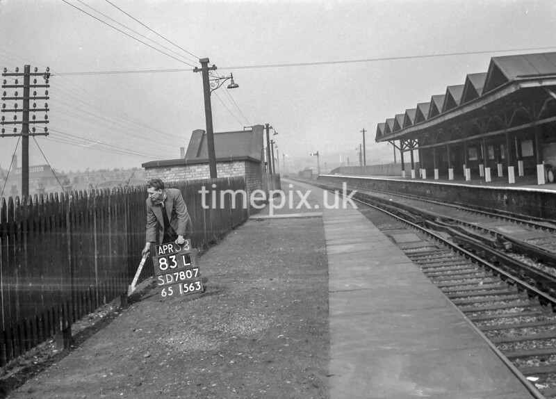 SD780783L, Ordnance Survey Revision Point photograph in Greater Manchester