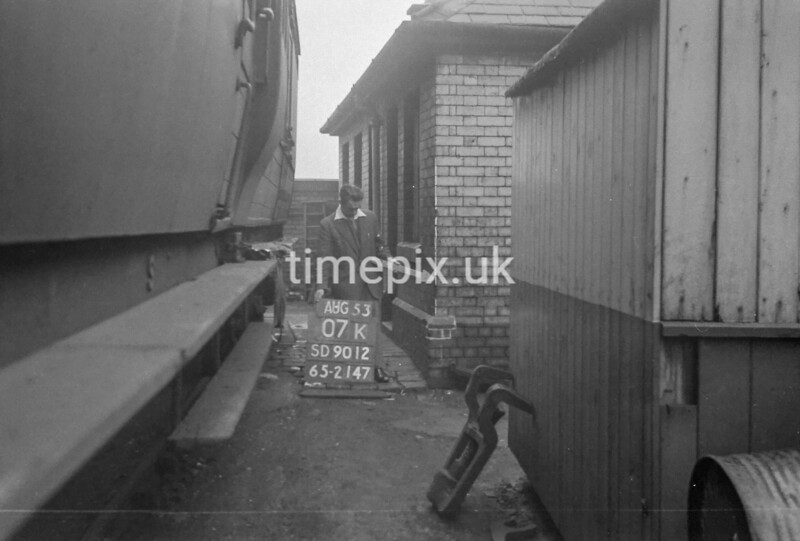 SD901207K, Ordnance Survey Revision Point photograph in Greater Manchester