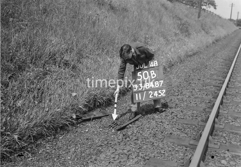 SJ848750B, Ordnance Survey Revision Point photograph in Greater Manchester
