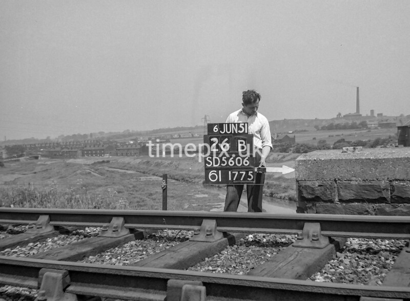 SD560626B, Ordnance Survey Revision Point photograph in Greater Manchester