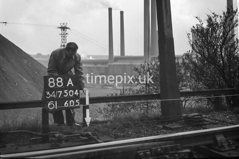 SD750488A, Ordnance Survey Revision Point photograph in Greater Manchester